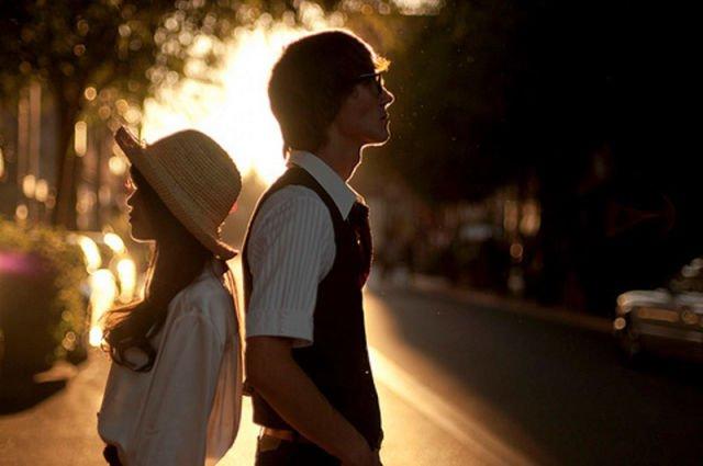 kita memang dua hati yang tak jarang bersisihan