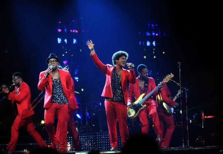 Bayangin jadi Bruno Mars