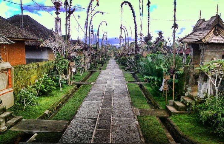 Bali tempo dulu.