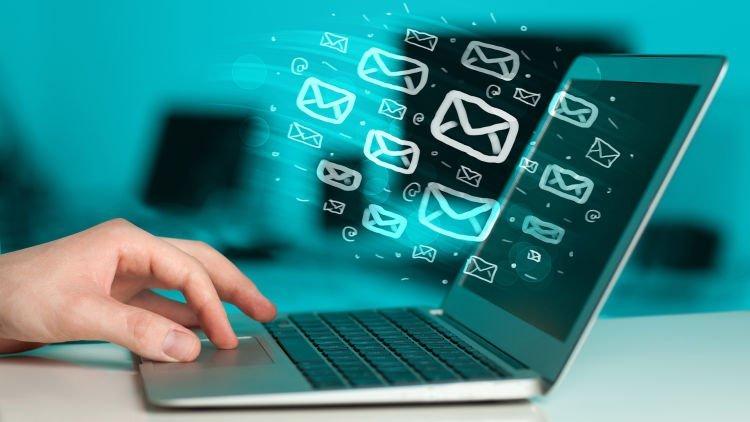 Rapikan folder email
