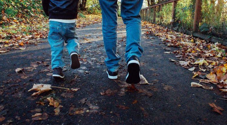 Belajar berjalan
