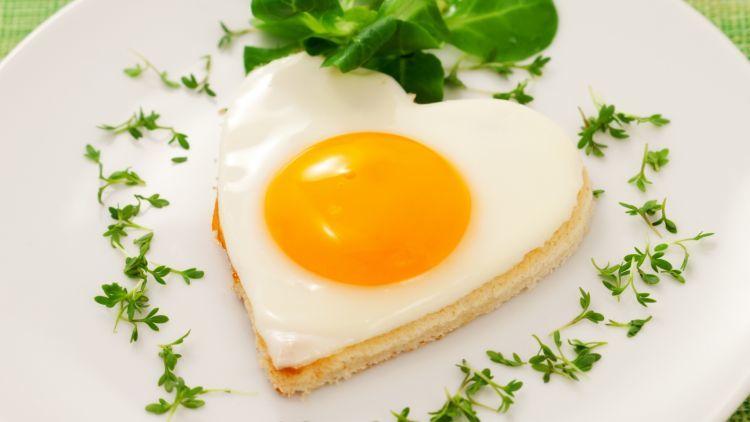 hayo, udah pandai buat telur ceplok seperti ini?