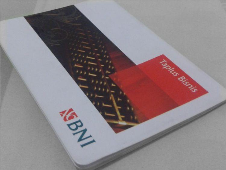 rekening tabungan cukup punya buku tabungannya aja, kartu ATM nggak perlu