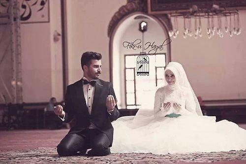 Taaruf adalah salah satu cara menuju hubungan yang halal.