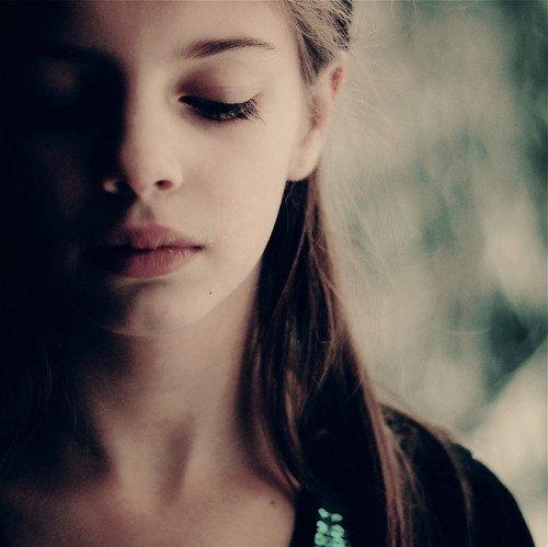mencintainya bukan berarti kamu harus selalu terluka