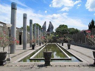 Kawasan dari museum menuju Makam Bung Karno