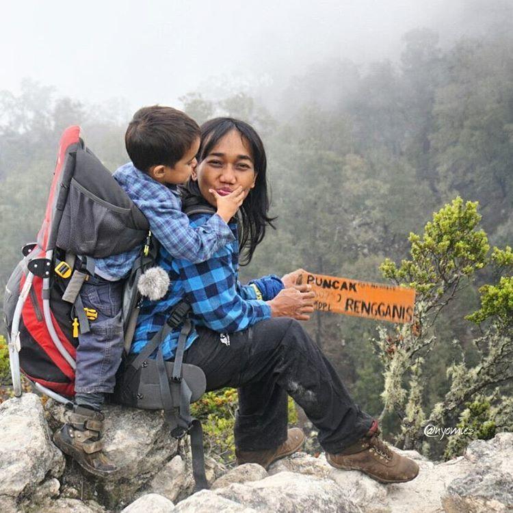 mom dan max jelajahi 15 gunung