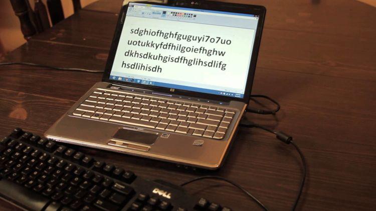 Terpakssa pakai keyboard eksternal