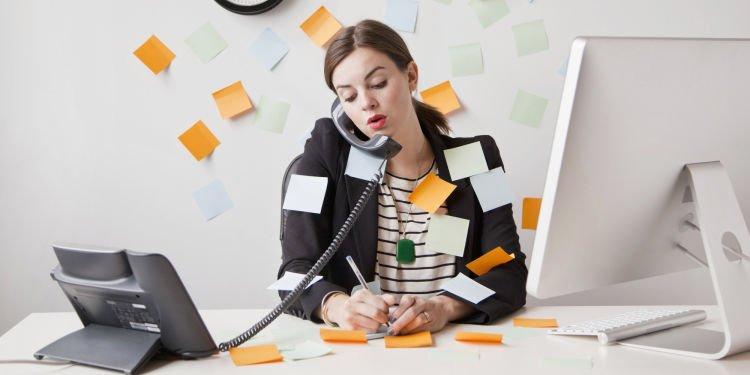 bagi waktu antara pekerjaan utama dengan bisnis sampinganmu