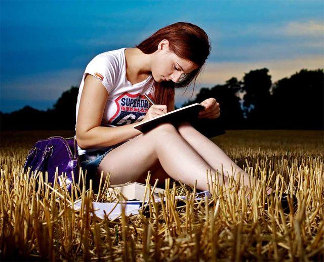 http://peluangusahaok.com/file/Penulis-Artikel-Freelance.jpg