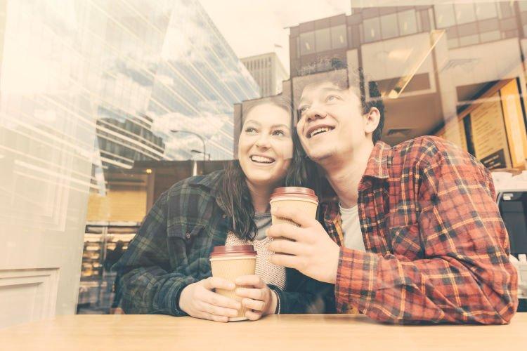 cinta dan logika yang membuat hubungan kita berjalan