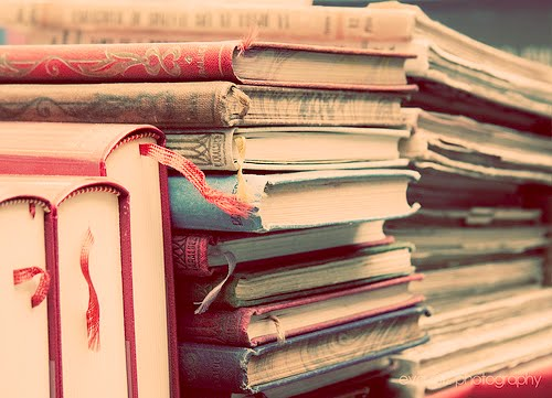 Diary-mu usangmu suatu ketika kamu temukan.
