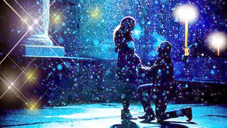 Romantisnya melamar di tengah salju