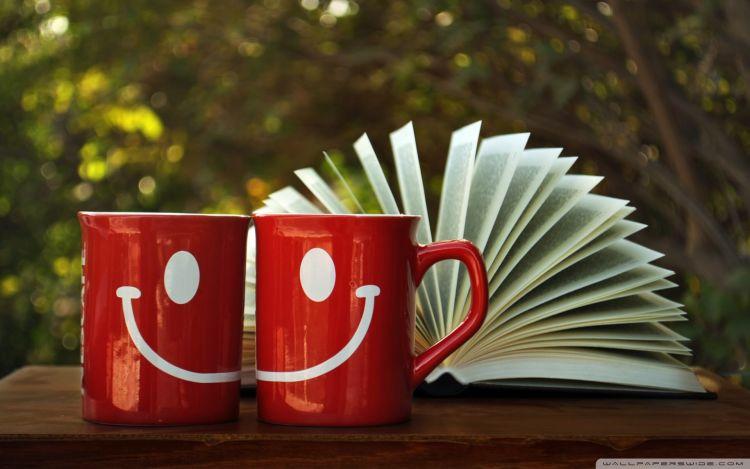 Kita masih bisa tersenyum bersama sebagai sahabat