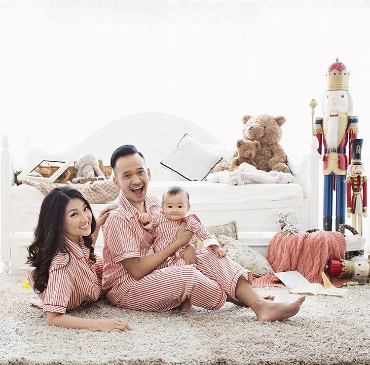 15 Foto Style Ala Keluarga Kecil Yang Bikin Kamu Pengen Cepet Cepet