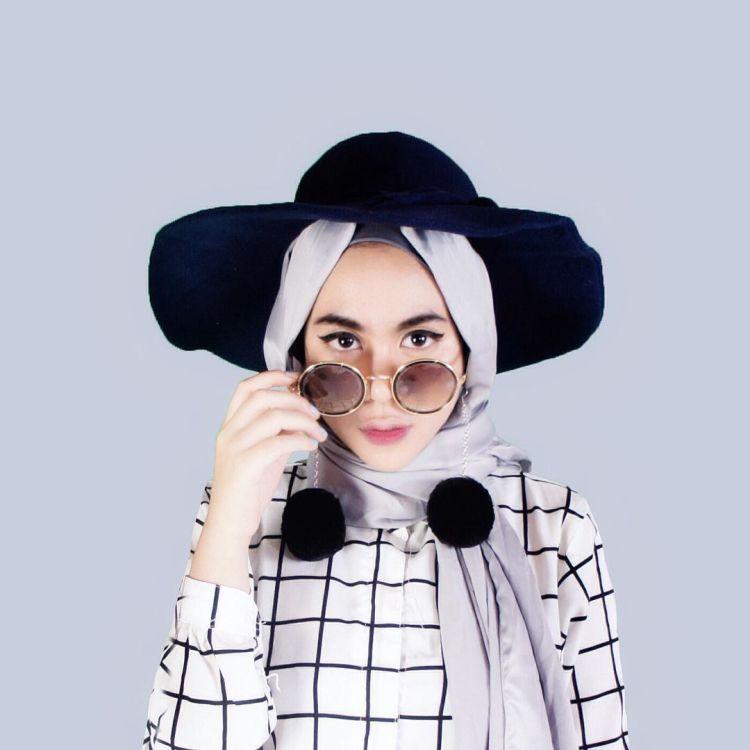 7 Aksesoris Hijab Yang Modern Tapi Belum Banyak Kamu Tahu. Yuk Kepo-in Biar Nggak Ketinggalan Zaman!