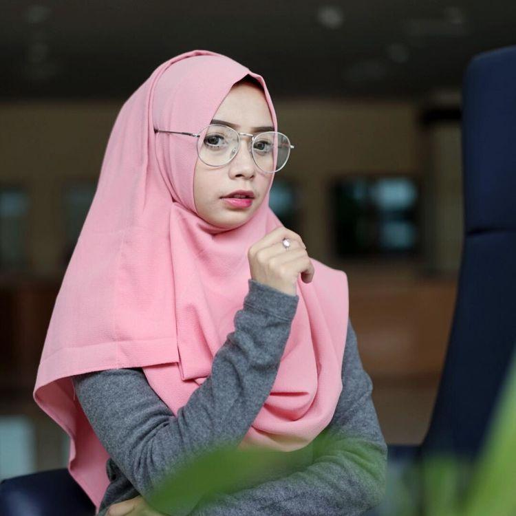 7 Aksesoris Hijab Yang Modern Tapi Belum Banyak Kamu Tahu