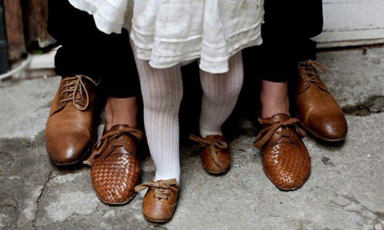 kembaran sepatu aja deh yuk!