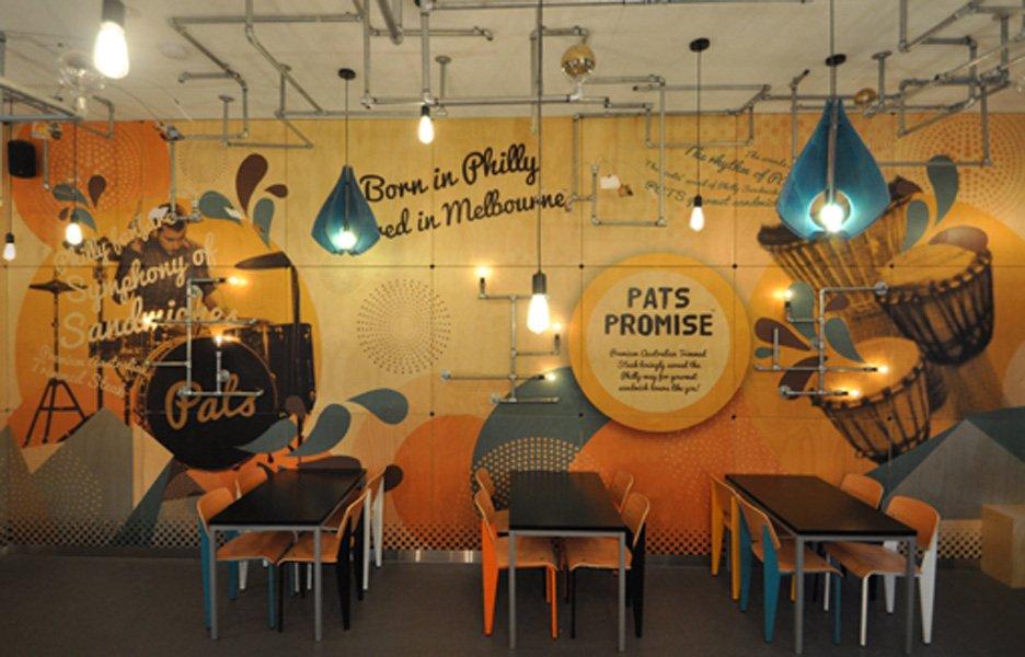 10 Inspirasi Desain Cafe yang Keren Abis dan Bakal Bikin Bisnismu Laris!