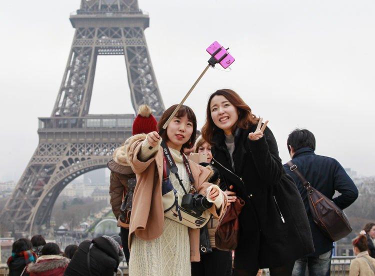 Gapapa deh selfie, Neng. :*