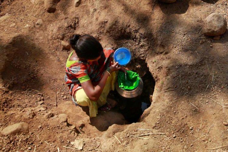 Wanita butuh banyak air bersih! :(