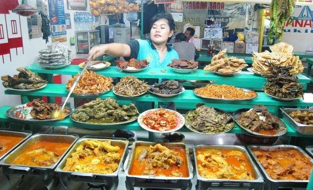 Masakan Padang yang menggugah selera