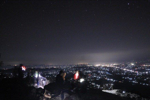 View gemintang di puncak Gunung Pringgitan, by: @evyagustyaningsih
