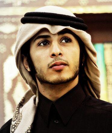 Adududuh...tampang cowo Arab begini nih pasti bisa buat kamu melting kan?