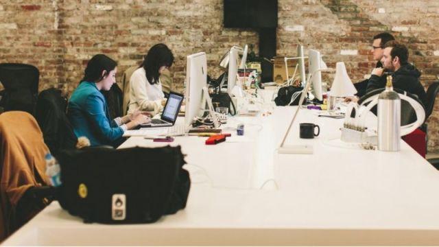Agar Tidak Saling Mengorbankan Satu Sama Lain, 7 Cara Ini Mampu Seimbangkan Karir dan Kehidupan Pribadi dengan Sinkron