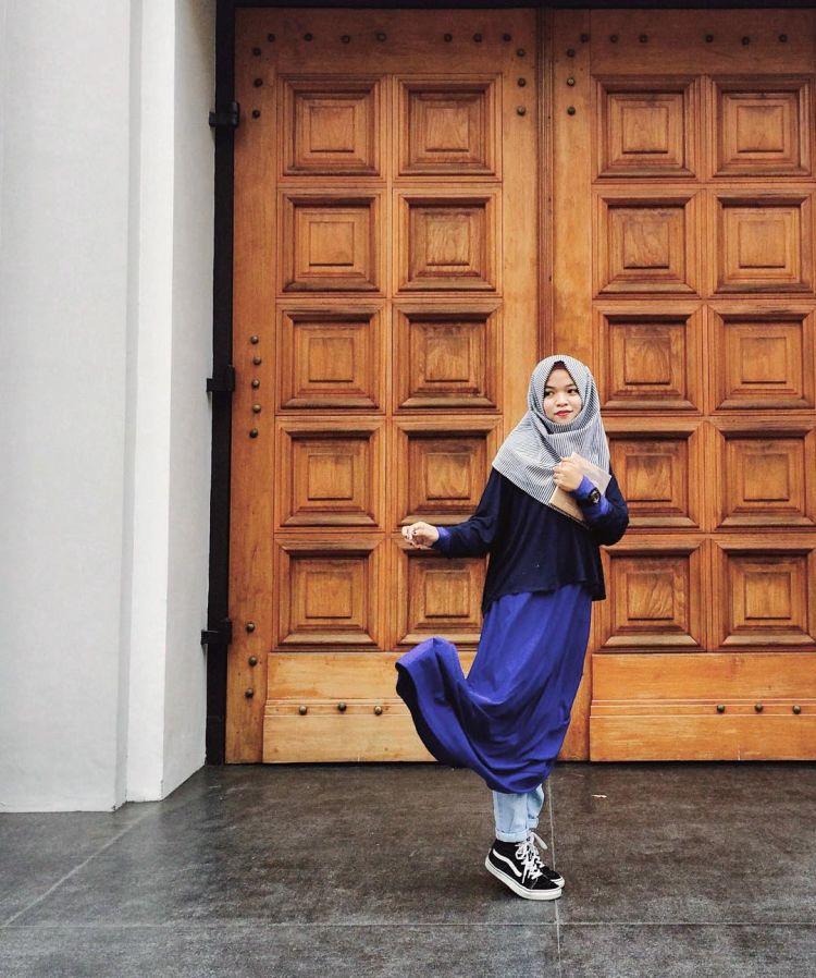 jilbab sepanjang dada