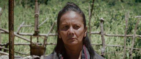 Cut Nyak Dien, sosok pejuang yang tak melupakan perannya sebagai ibu dan istri.
