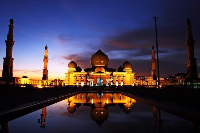 Ini An-Nur atau Taj Mahal?