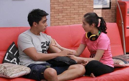 Akting Deva sebagai Bastian memang yang paling mengena di hati pemirsa.