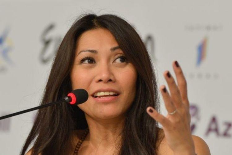 Anggun, penyanyi Indonesia pertama yang berhasil meraih pasar dunia.