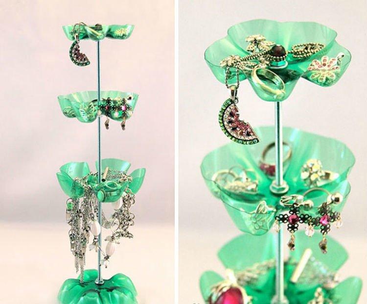 Aksesorismu bisa tampil cantik bak di toko perhiasan
