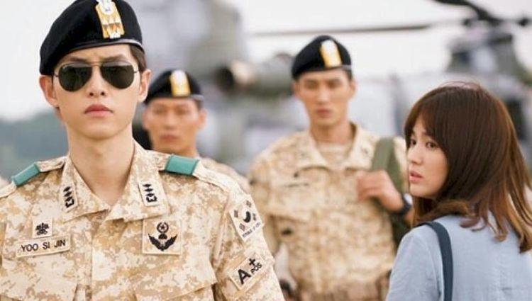 Song Joong Ki dan Song Hye Kyo, yang chemistry-nya lekat.