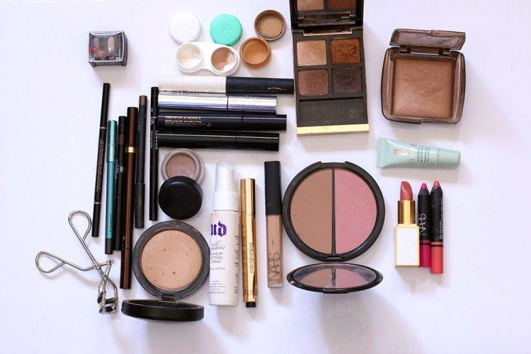 travel-makeup-2