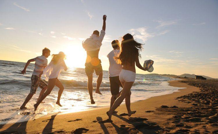 liburan gratis gaeeess