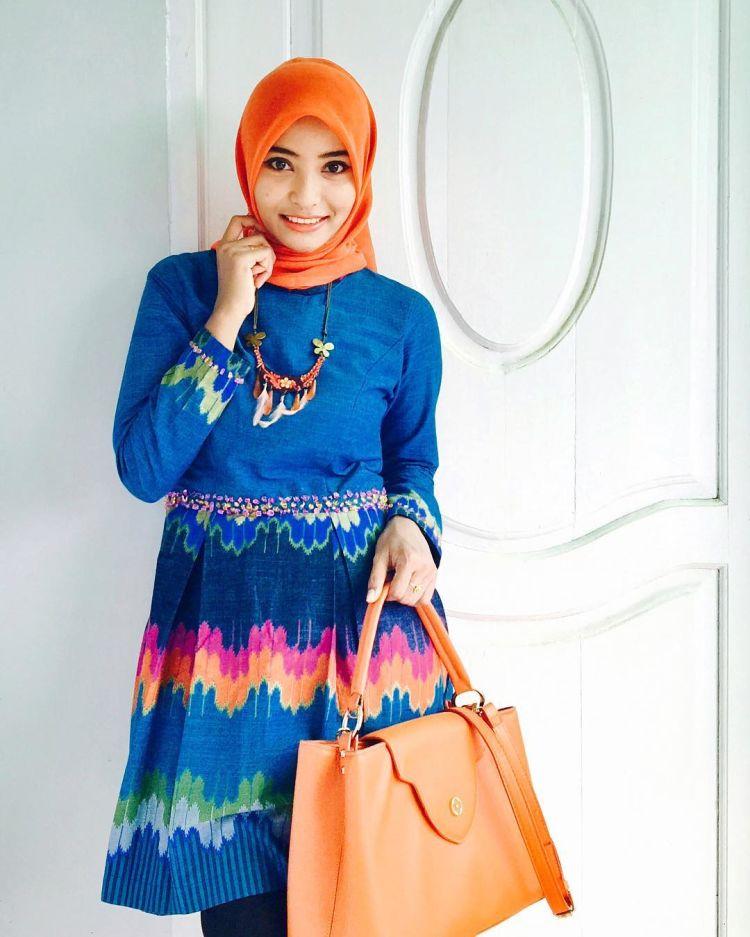 tampil cerah dengan baju batik @una.abdullah