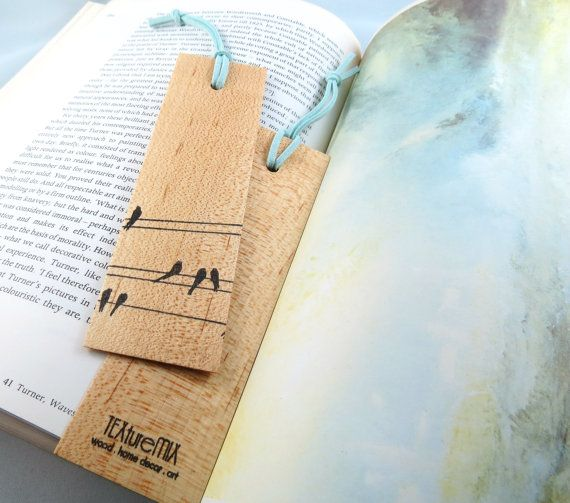 pembatas buku yang super duper berguna