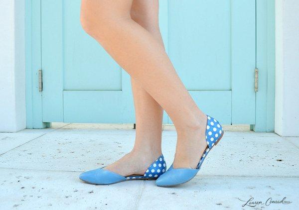 ganti dengan flatshoes!