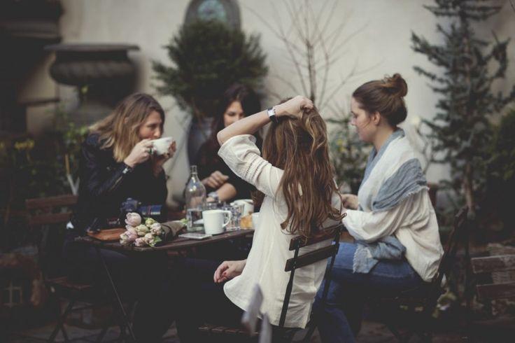 sesekali nongkrong di cafe ngga masalah