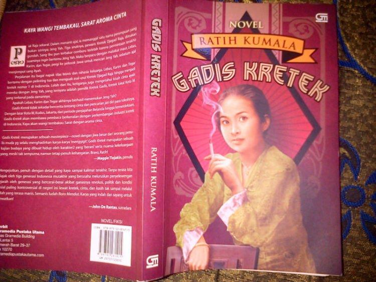 Novel Gadis Kretek