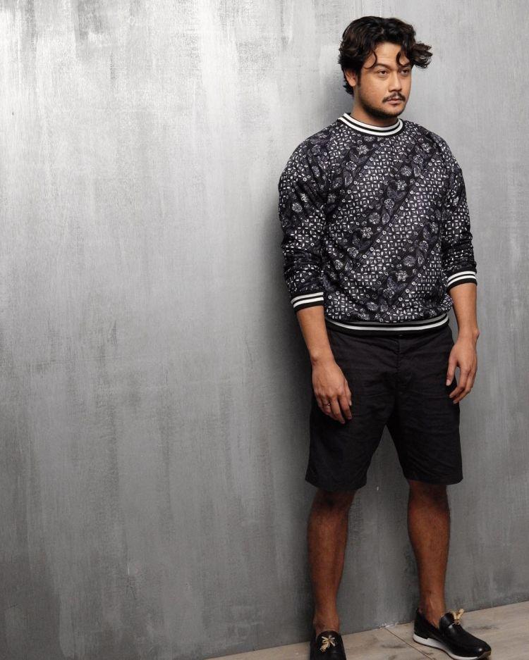 Sweater batik karisma maksimal
