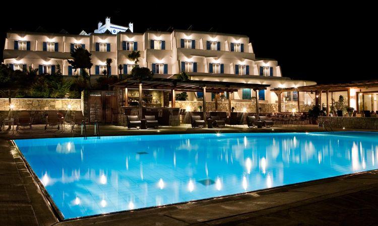 Hotel megah~