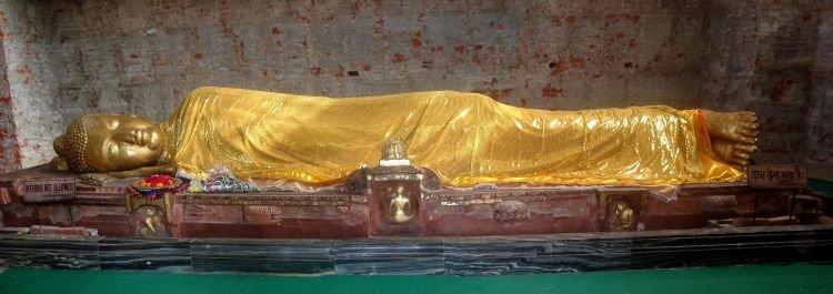 Salah satu patung Buddha di Kusinara