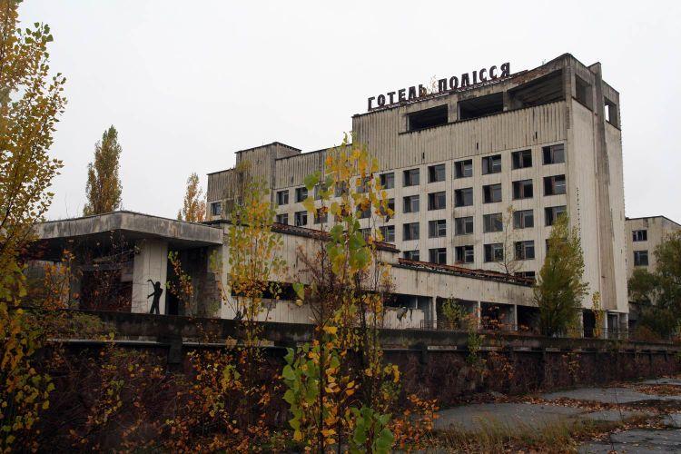Abandoned hotel~
