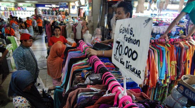 Beli bajunya di awal Ramadan atau cari toko yang banyak diskonnya!
