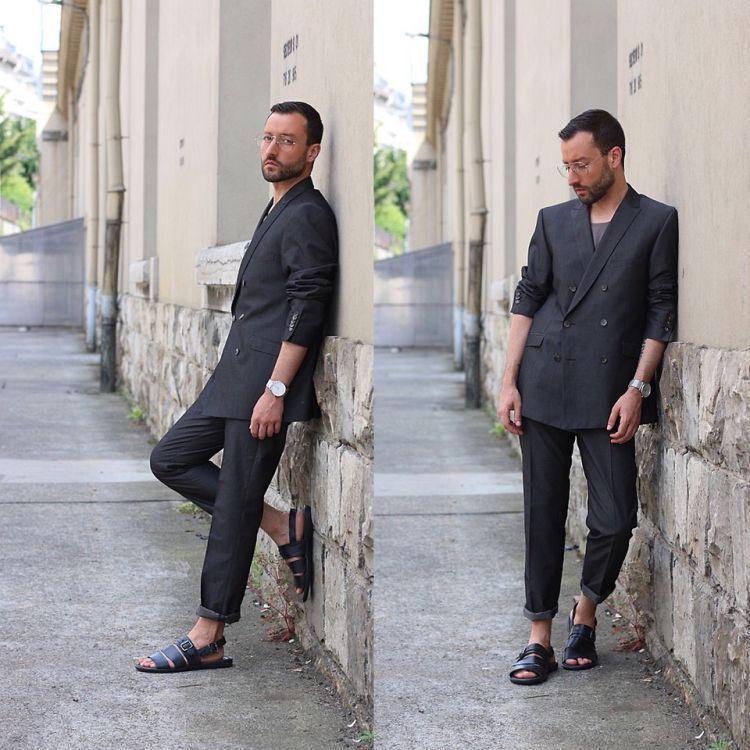 setelan jas abu - abu + sandal kulit hitam