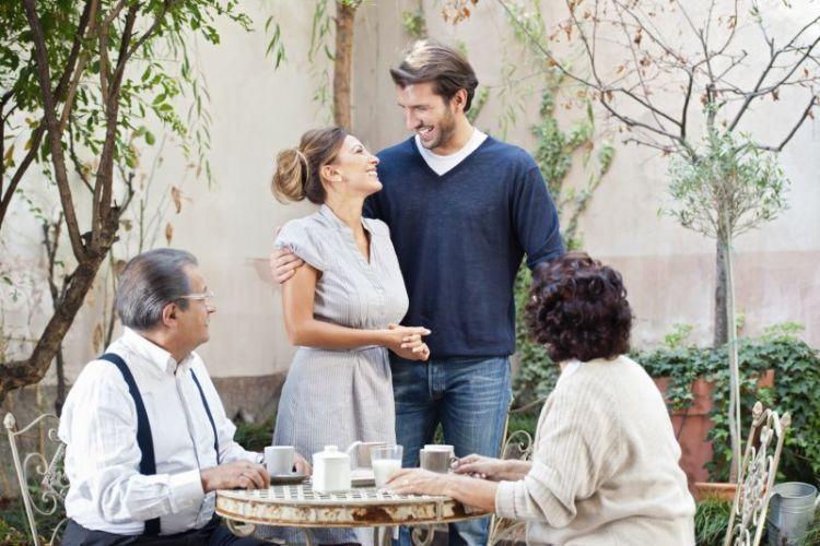kenalan ke keluarga pasangan